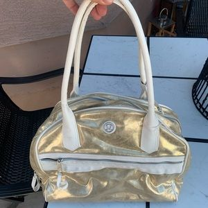 Lululemon women's bag purse laptop travel gold